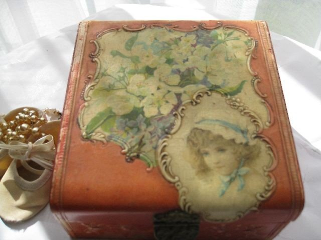 Antique Jewelry Box