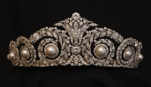 antique-tiara-2