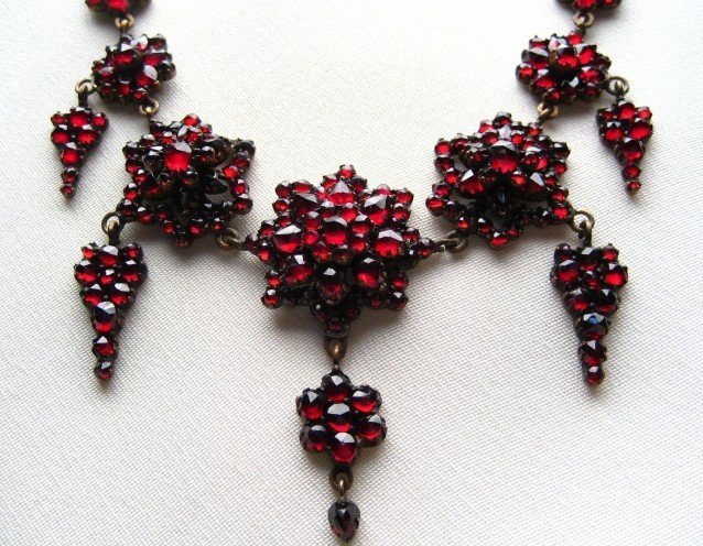 Antique bohemian garnet jewelry