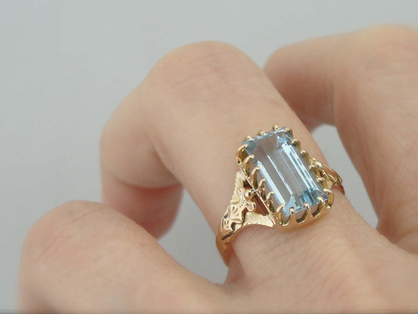 Victorian Gold Ring With Large Light Blue Aquamarine