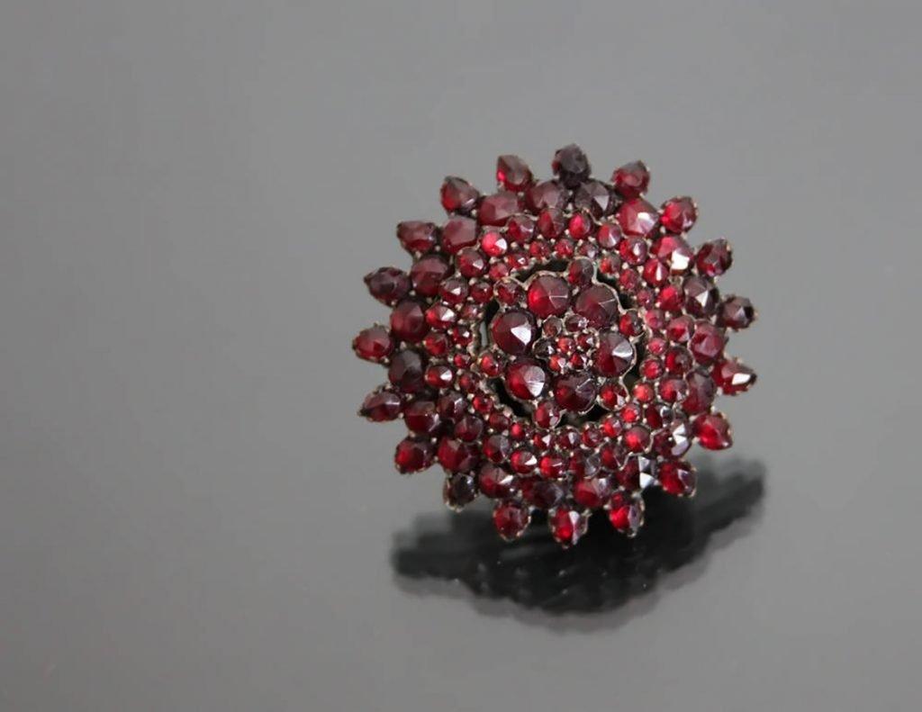 vintage bohemian garnet jewelry
